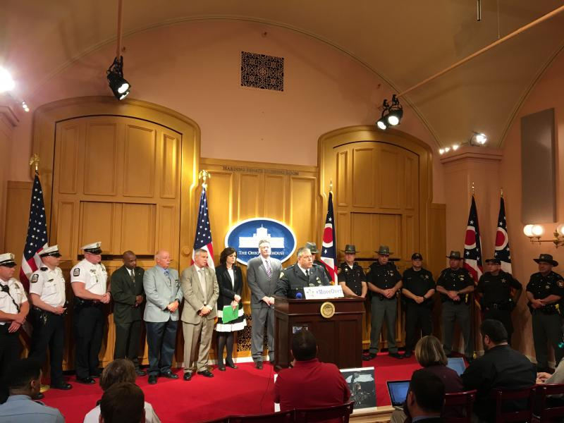 Police officers talk about new bill at Ohio Statehouse