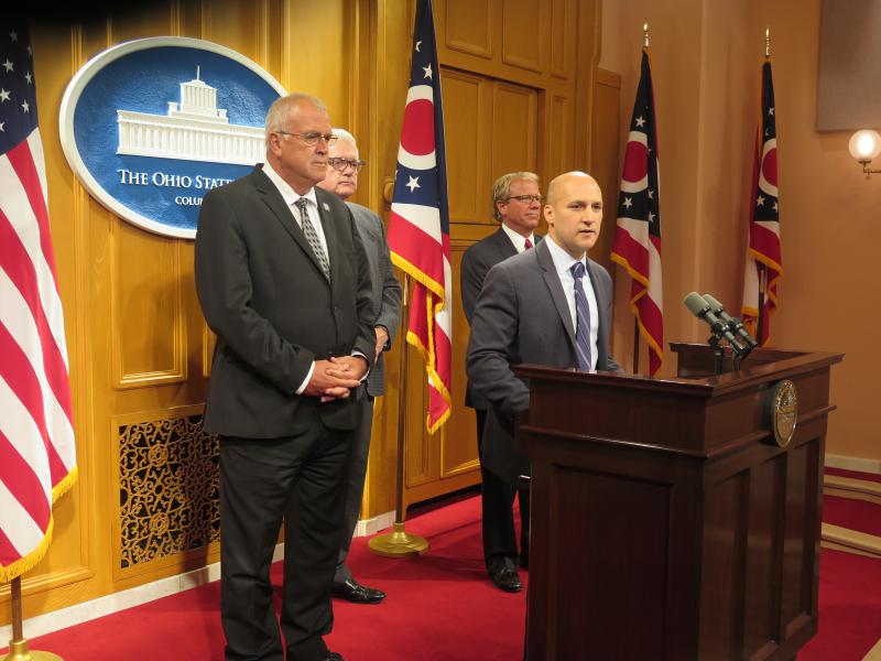 (from left to right) Sen. Cliff Hite (R-Findlay) and Sen. Joe Schiavoni (D-Boardman)