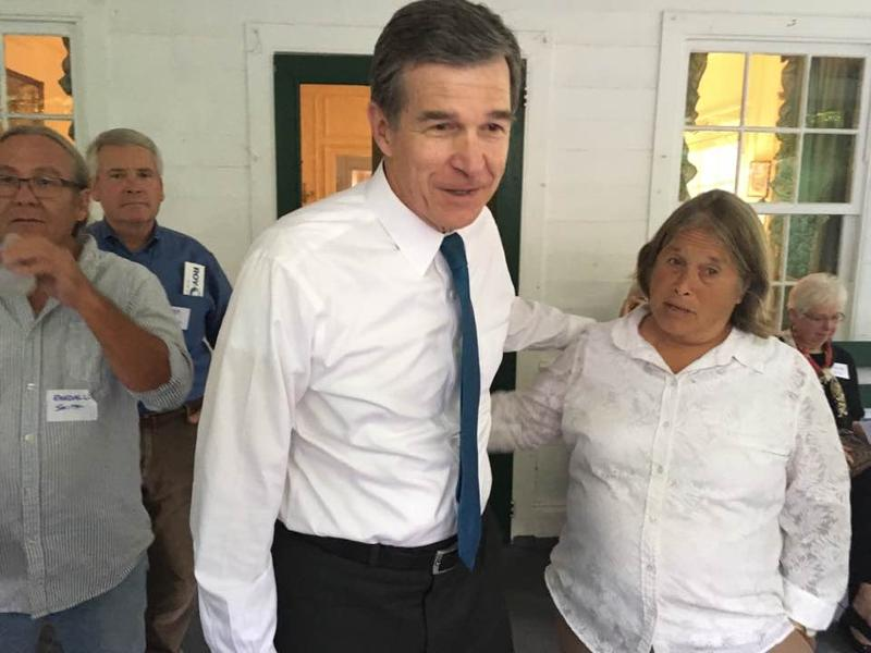 Attorney General Roy Cooper in Fairview 9/17/16
