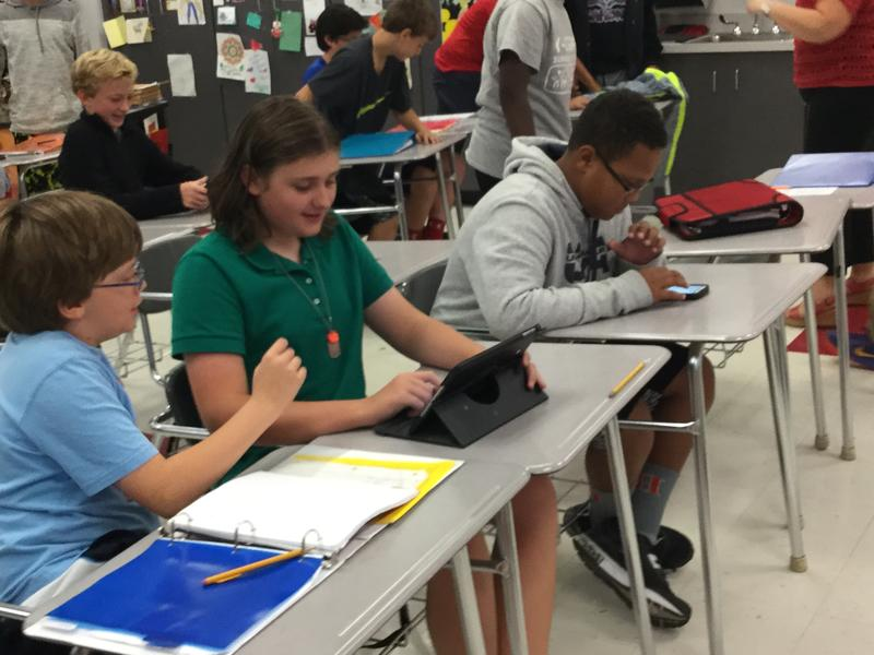 Hendersonville MS students play the Civil Discourse Challenge.