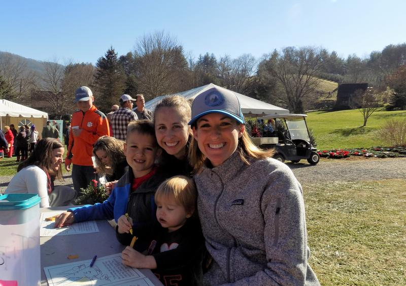 Shannon Tabor hangs out with her children and her sister after picking out a Christmas tree.
