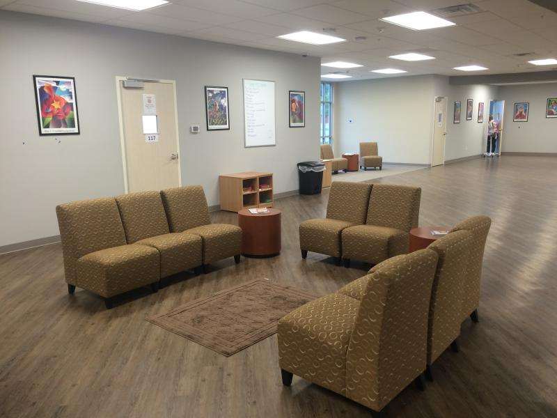 "RI International's ""living room"" model of crisis care focuses on peer support and recovery."