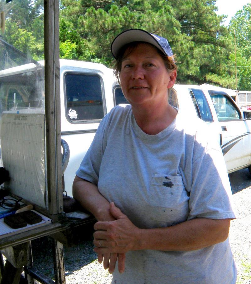 Tammy Croxton, who buy's Ida Hall's crabs