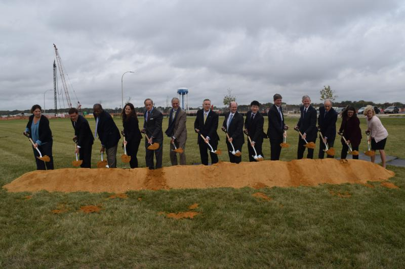 Officials break ground on UD's Biopharmaceutical Innovation Building, which is slated to open in early 2019.