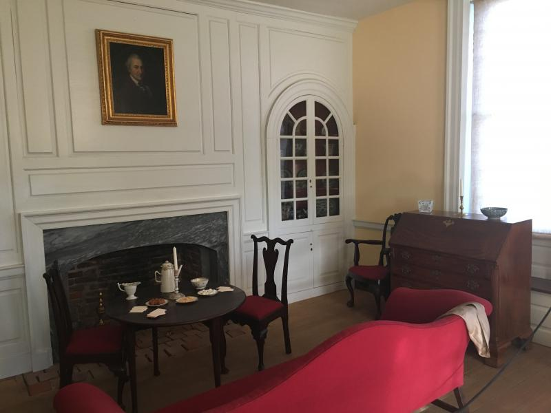 The Large Parlor at the Dickinson Plantation