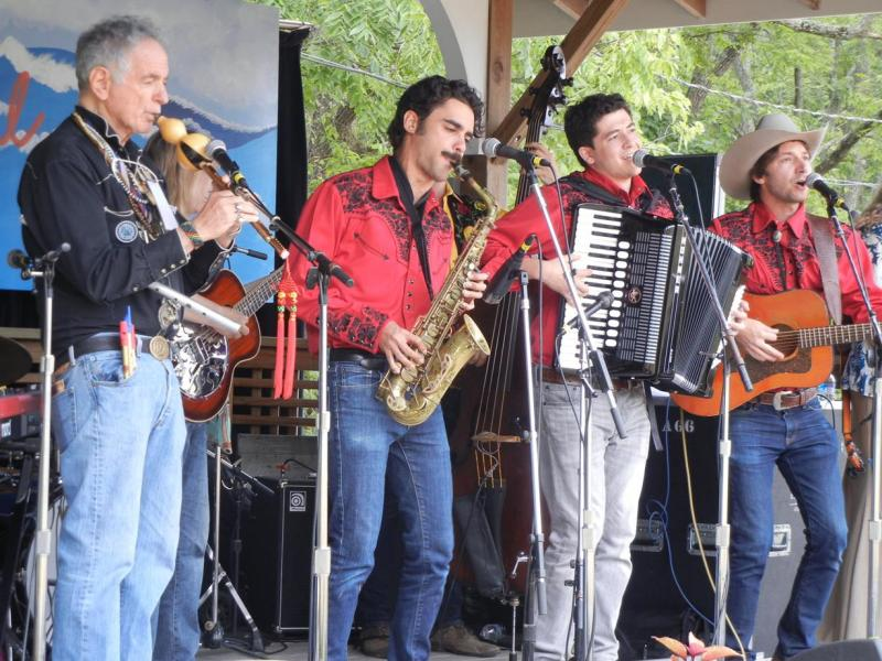 David Amram with The Amigos Band / Craft Stage