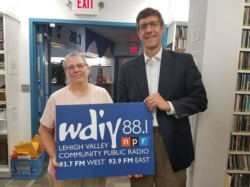 Left to right: Pappy's Orchards Owner Lisa Urffer and host Michael Drabenstott