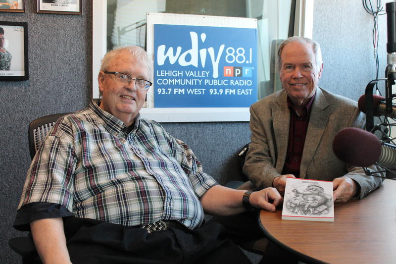 From left to right: Author Richard Hope and Host John Pearce