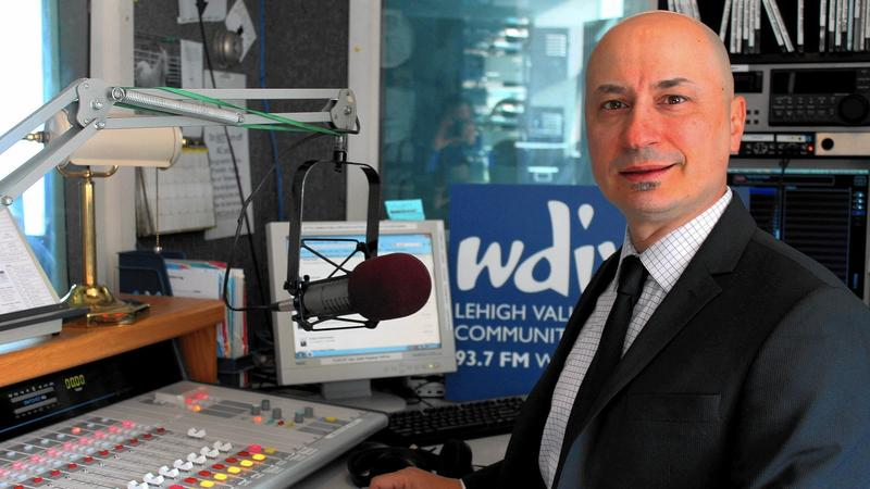 Wagner Previato in the WDIY studio preparing for the launch of WDIY's power increase in 2015.