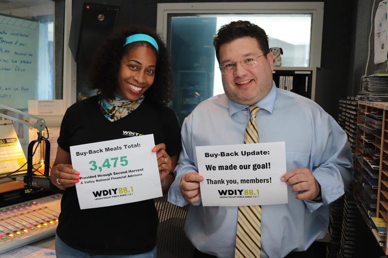 Blend host Darlene Oates and Fresh Air with Terry Gross host Andy Smith are in the studio with a thank you to the members who donated to WDIY's Buy-Back Campaign.