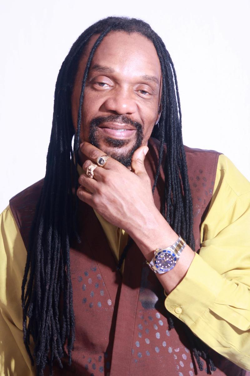 Singer-songwriter Glen Washington.