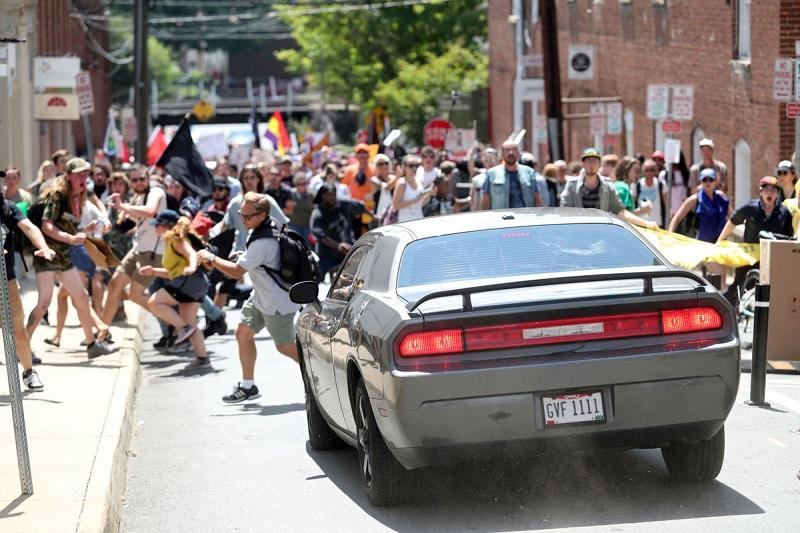 Car drives into crowd of counter-protesters in VA