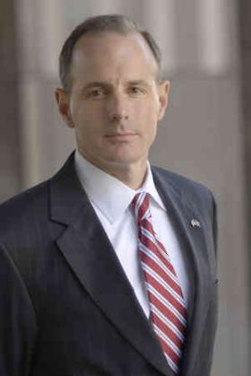 Robert Benvenuti addressed the League of Women Voters at the Lexington Public Library on Saturday, October 6, 2012 .