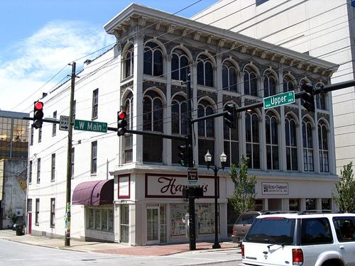 The McAdams and Morford Building at the corner of Main and Upper streets. The Lexington Art League is planning to lease the third floor for a new contemporary art space Downtown. Photo from the National Register of Historic Places via Wikipedia.