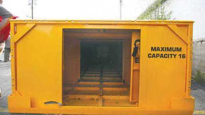 Mine refuge chambers
