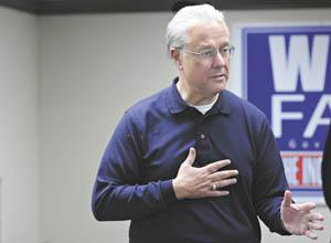 Republican gubernatorial candidate David Williams speaks Saturday at Republican headquarters in downtown Bowling Green.