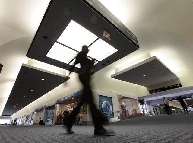 Cincinnati/Northern Kentucky International Airport and Memphis International Airport tied for the highest U.S. domestic air fares during the second quarter of 2011.