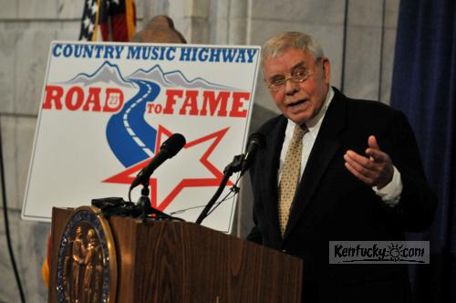 Country star Tom T. Hall got in a little light ribbing of Gov. Steve Beshear and other officials at the Tuesday morning press conference announcing the Road to Fame competition.