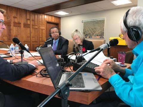 John Hingsbergen was joined by Lexington Mayor Jim Gray and Police Chief Mark Barnard live from Lexington City Hall to discuss gun violence.