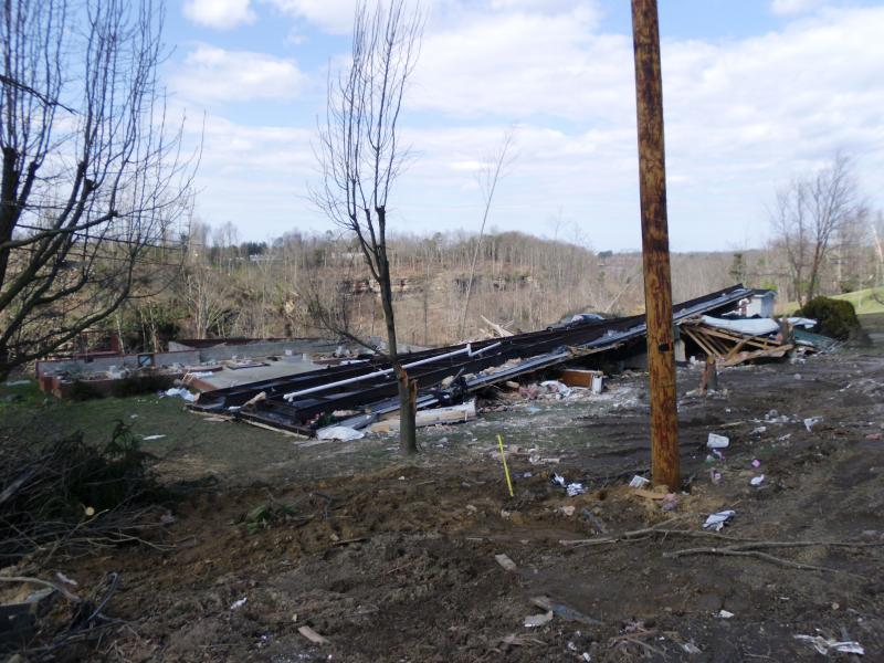 Flattened home in East Bernstadt.
