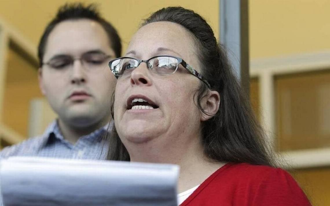 Judge Says Kentucky Must Still Pay Fees in Gay Marriage Case
