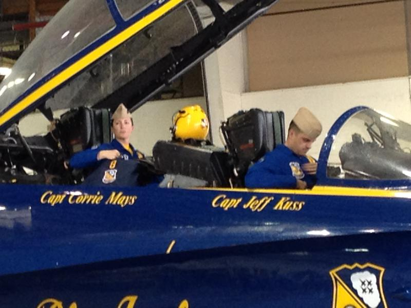 Captains Corrie Mays (l) and Jeff Kuss (r) prepare to climb out of the Blue Angels' Number 7 plane.