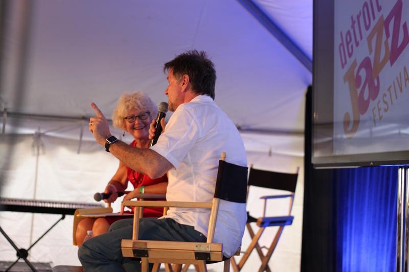WEMU's Linda Yohn at the Jazz Talk tent interviewing Gordon Goodwin
