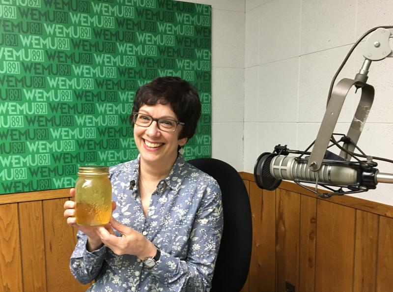 Michelle Krell Kydd brings a jar of oolong tea to the WEMU studio.