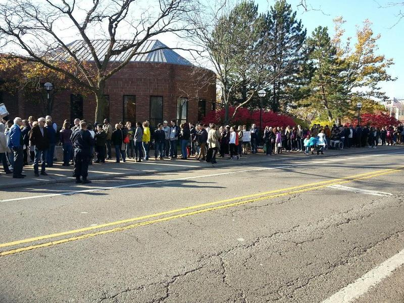 Thousands waited in line to see the president.