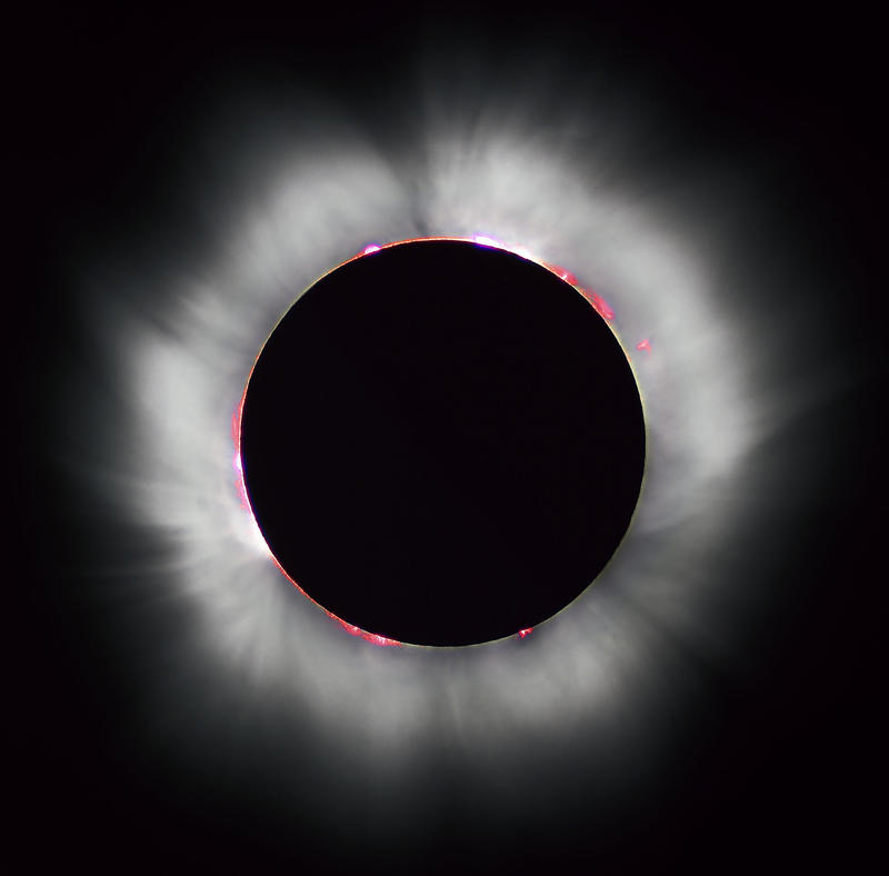 Total Solar eclipse 1999 in France. * Additional noise reduction performed