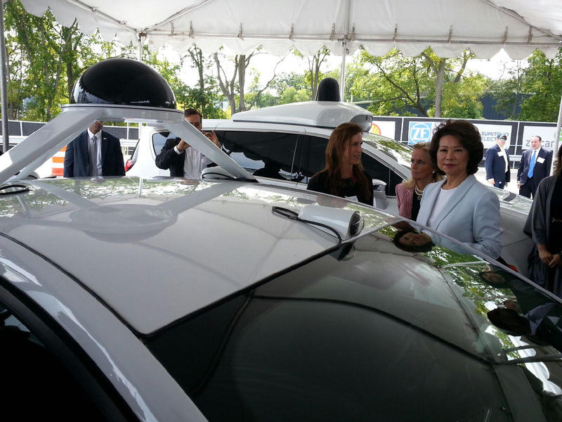 Secretary Chao learns about the autonomous vehicles used at Mcity.