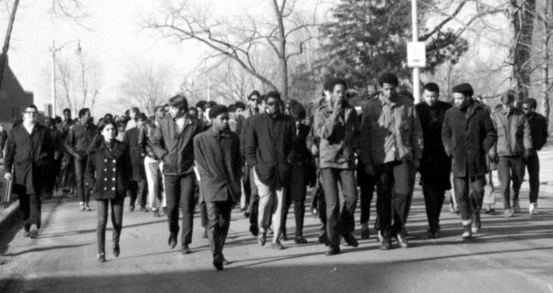 Old photograph of Eastern Michigan University students protesting.
