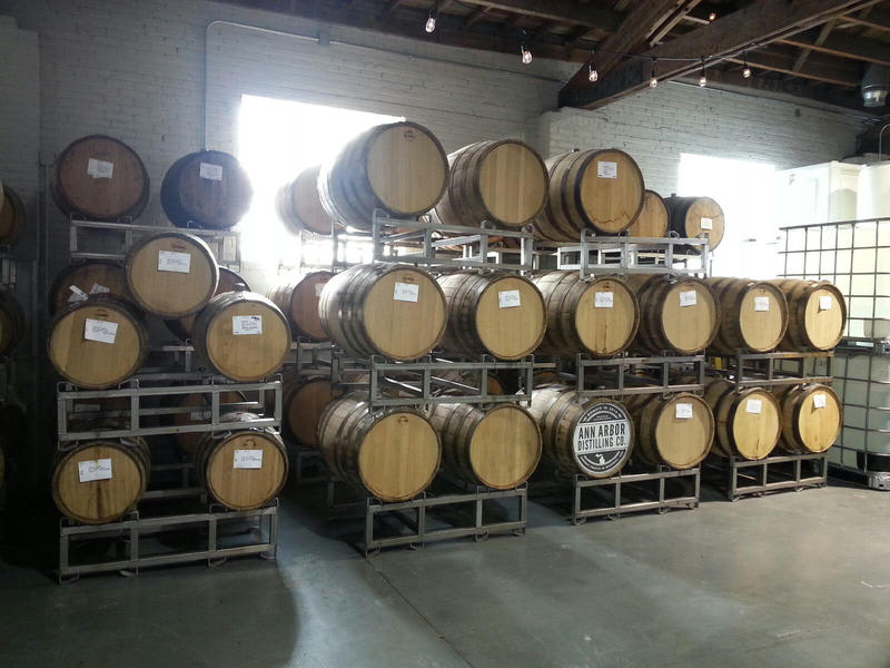 New American Oak barrels are used for storage.