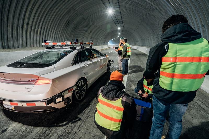 Visteon's autonomous test vehicle in the tunnel.