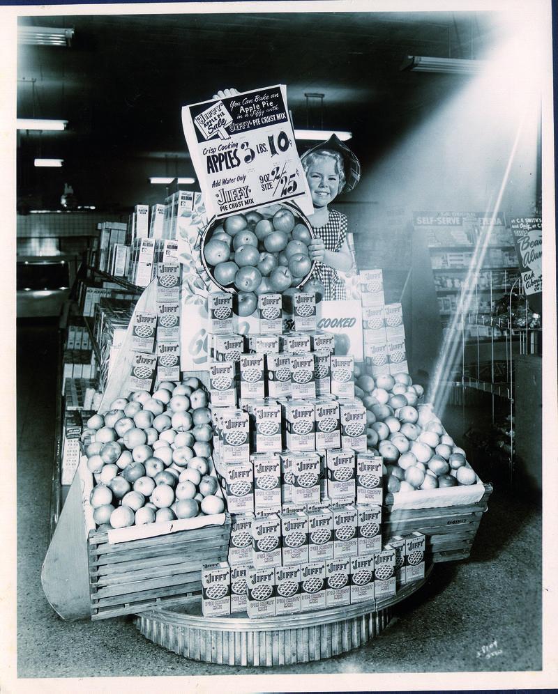 Jiffy Mix display 1949.