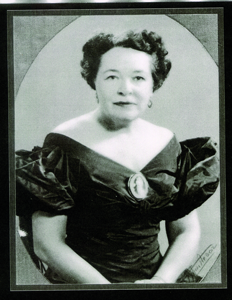 Mabel White Holmes invented the all purpose baking mix for Jiffy.
