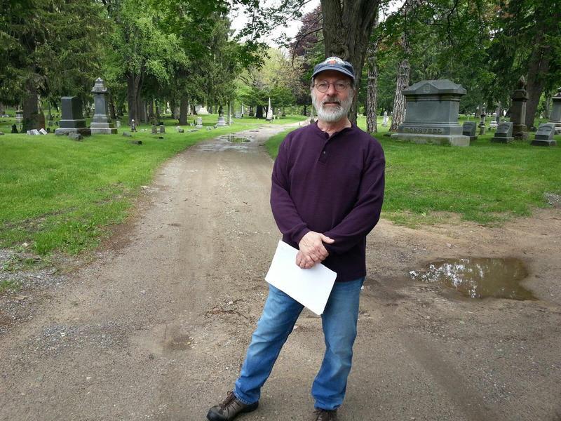Barry LaRue, Secretary for the Highland Cemetery Association.