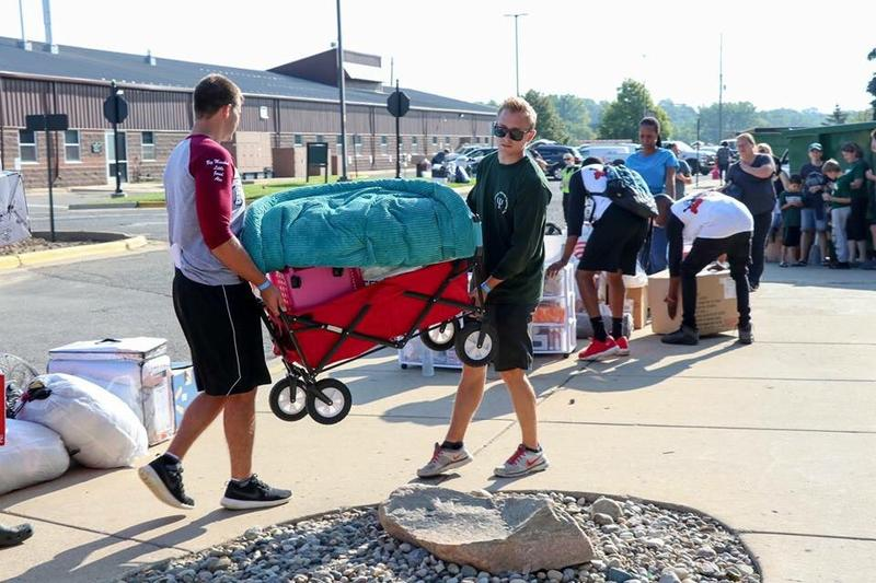 Students arrive on campus for move-in weekend.