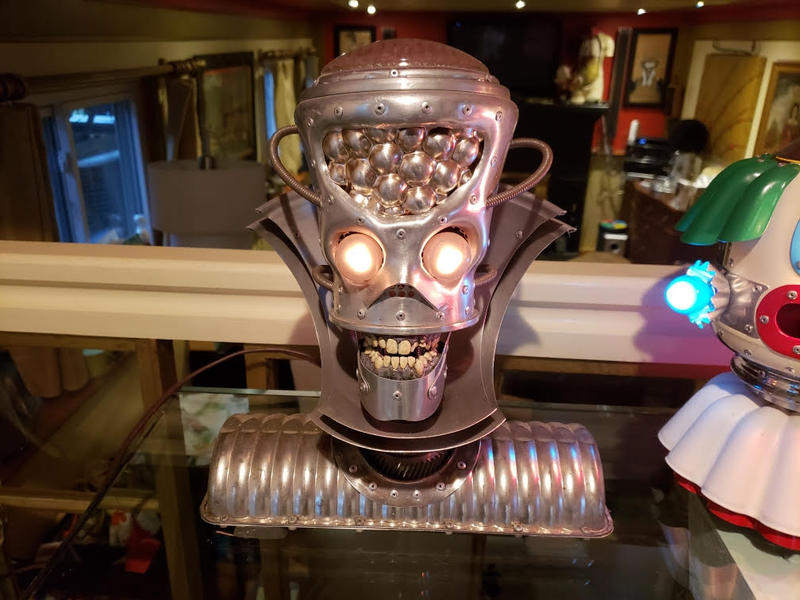 Robot lamp.
