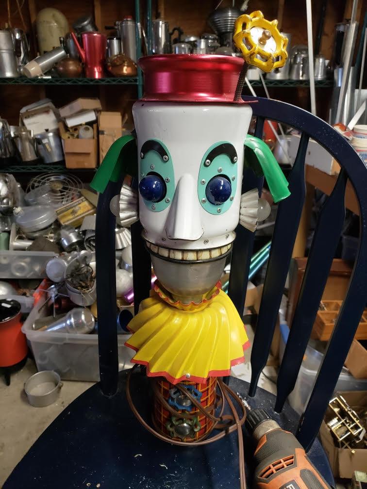 Clown robot lamp.