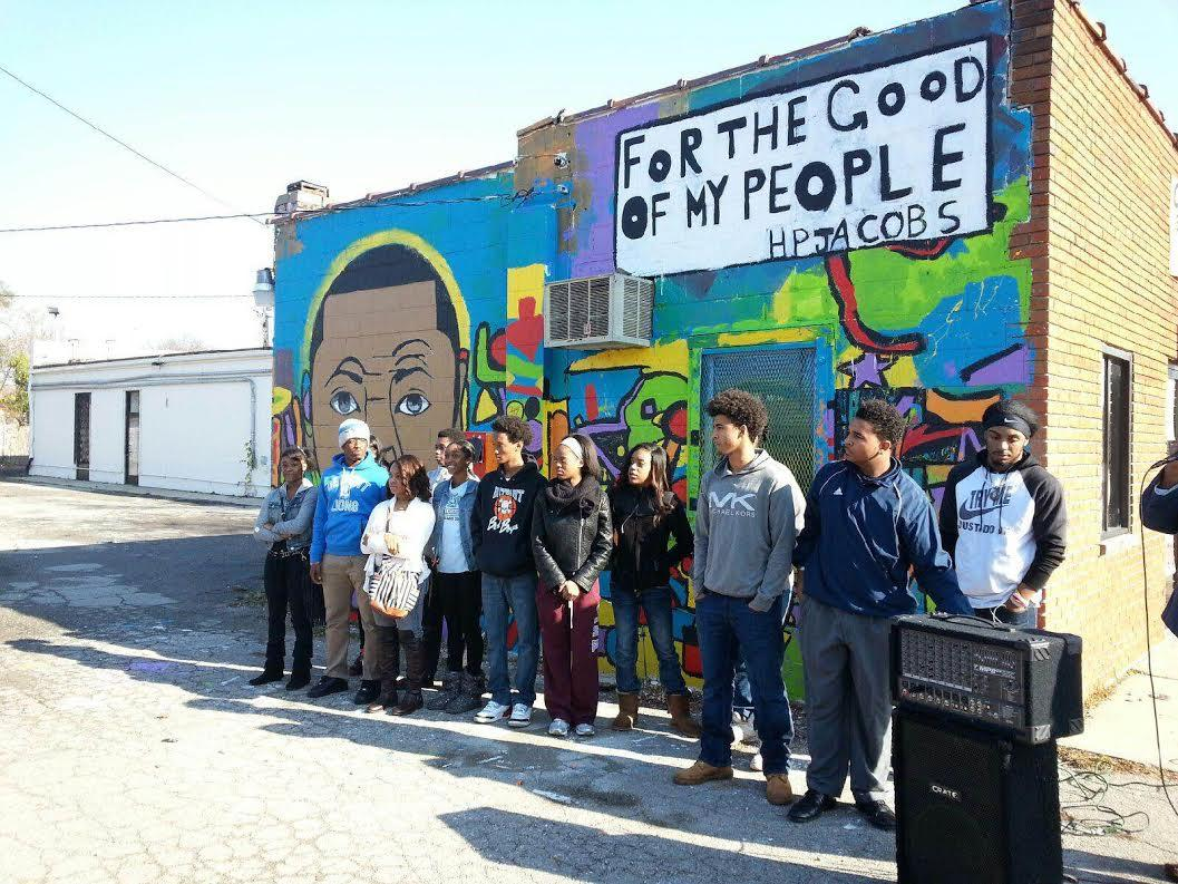 Ypsilanti youth paint murals to deliver messages about for Mural school
