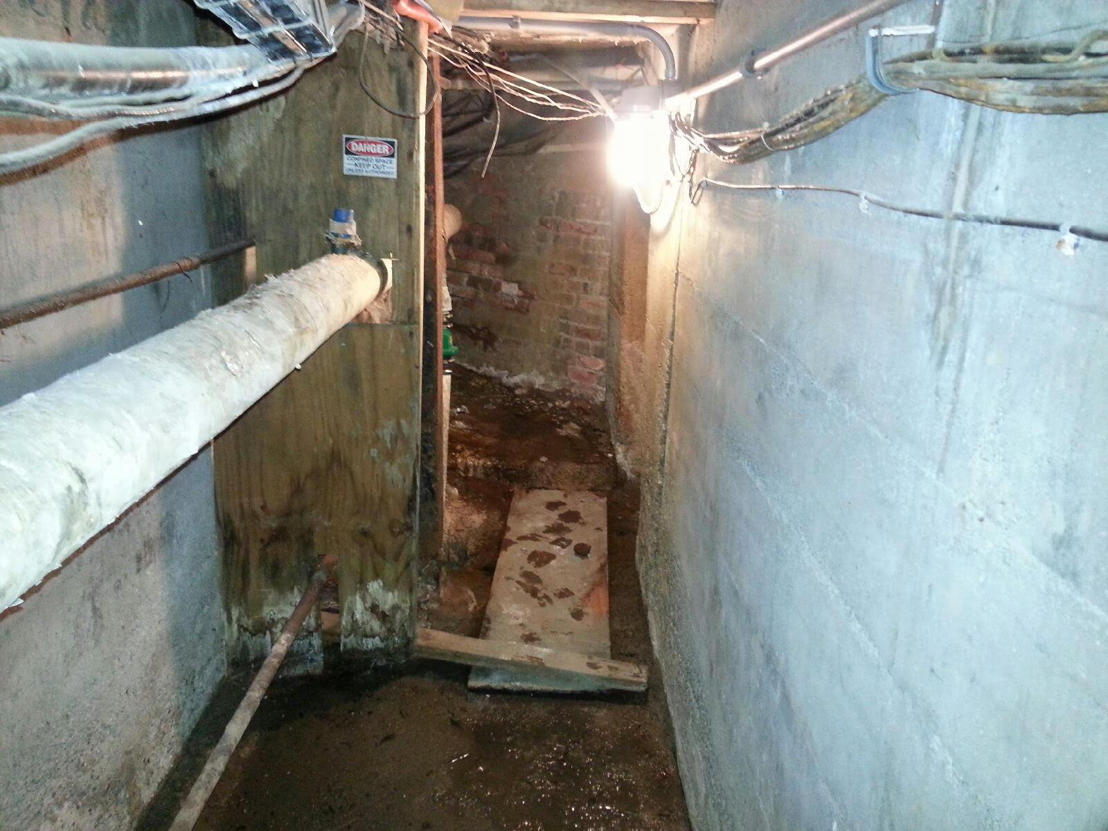 A Tour Steam Tunnels Beneath The Eastern Michigan University