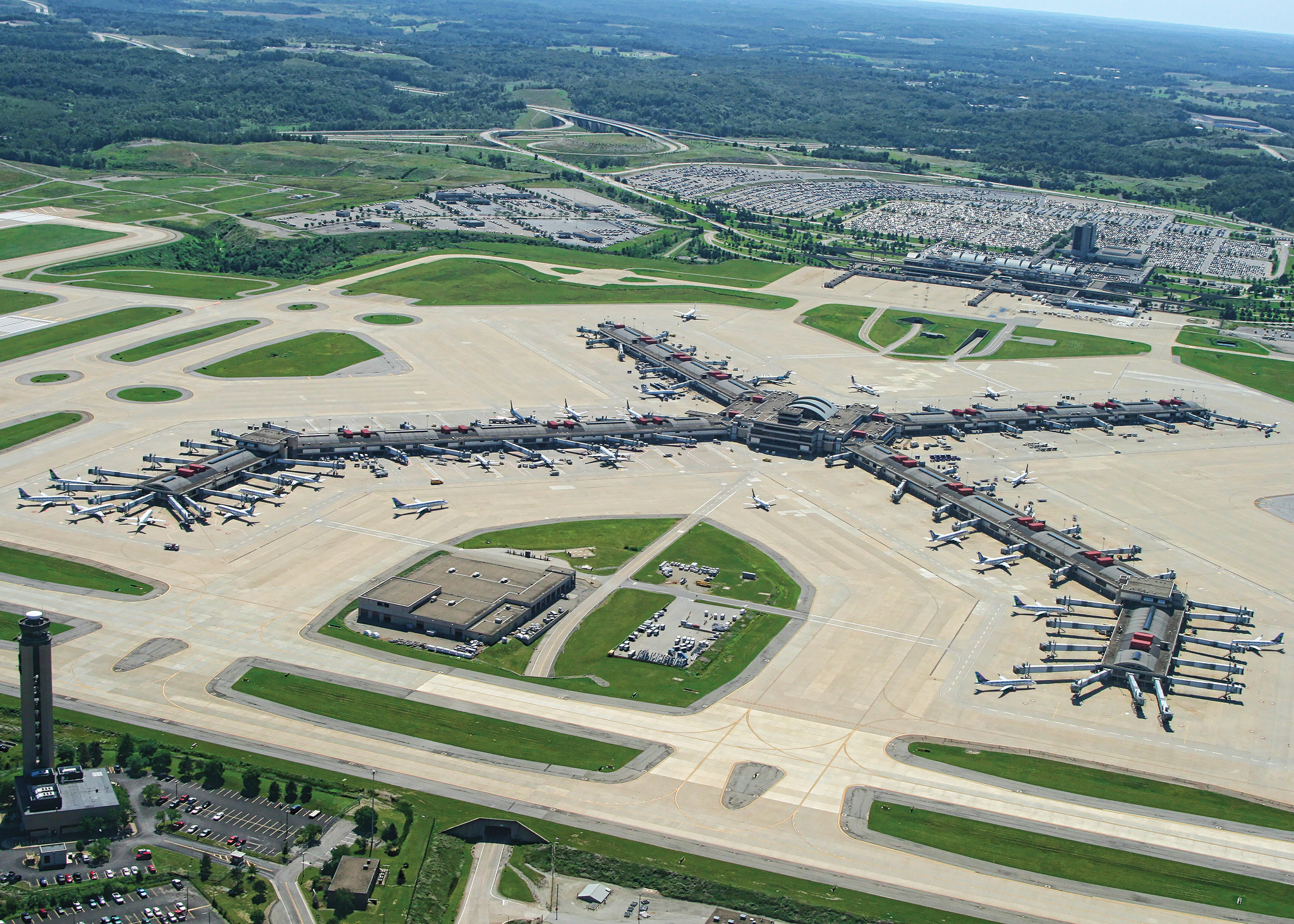 Pittsburgh International Airport Has Steady Growth Without