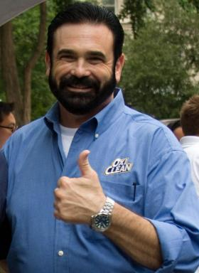 Famous Pitchman, Billy Mays Jr. used his boisterous persona to popularized brands such as OxyClean