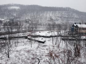 Officials say about 4,000 gallons of crude oil were spilled following the train derailment in Vandergrift, but all of it was contained in a parking lot.