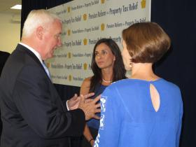Governor Tom Corbett talks pension reform with Alice Beckett-Rumberger (center), of the non-profit North Allegheny Foundation, and Tara Fisher, vice president of the North Allegheny School District board.