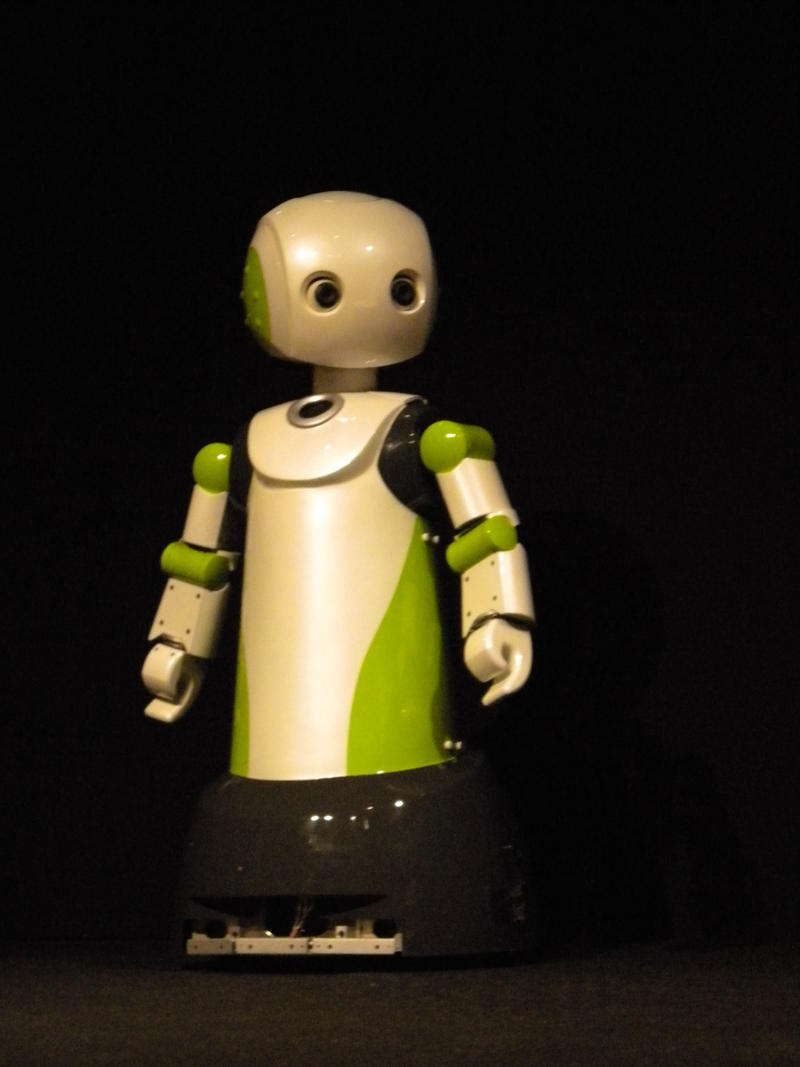 This robot in I, Worker conforms to the traditional notion of a robot with wide eyes and arms like a human