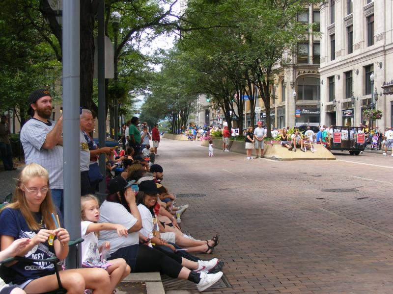 People lined up on Grant Street to see the parade.