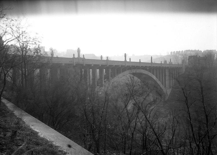 The Greenfield Bridge was exemplary of the City Beautiful architectural movement in the early 20th century.
