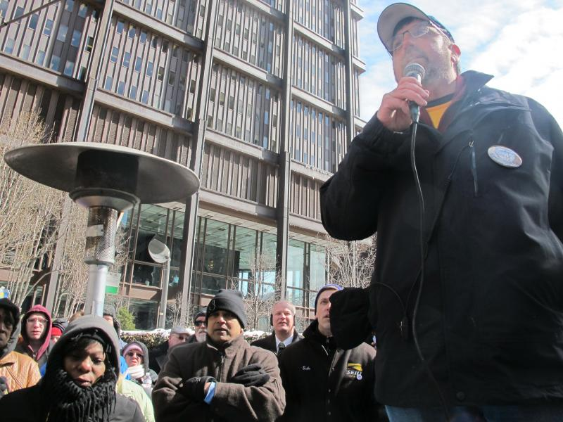 Neal Bisno, President of SEIU Healthcare PA, led Monday's noontime rally